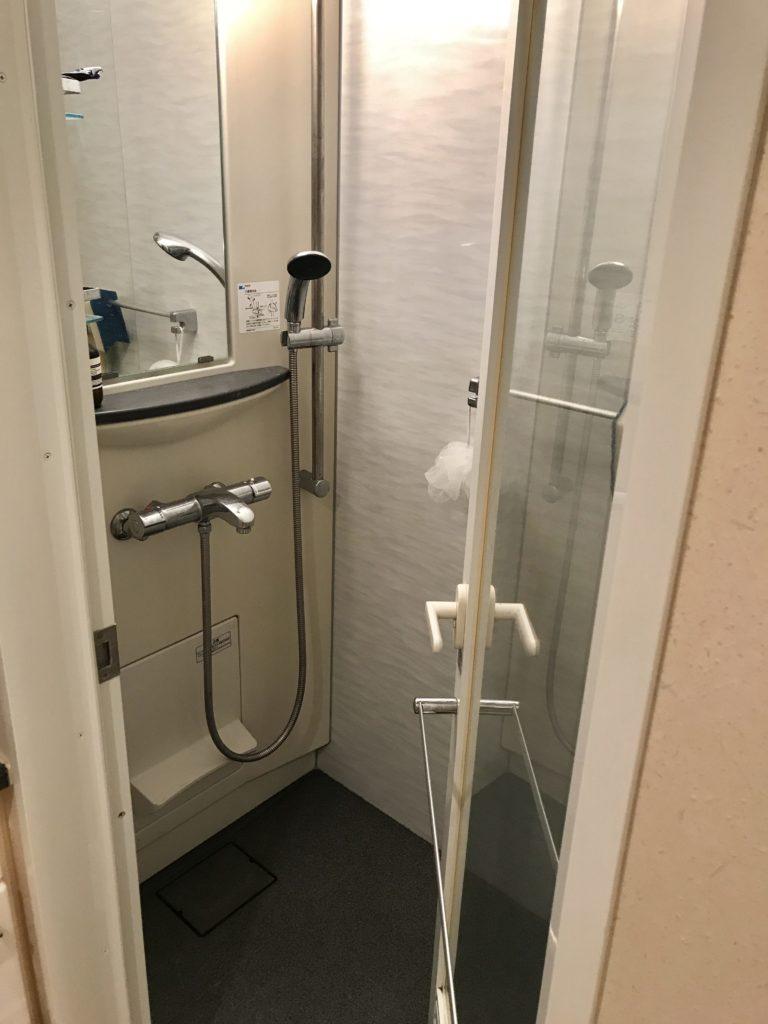 以前住んでいた浴槽なし物件のシャワールーム